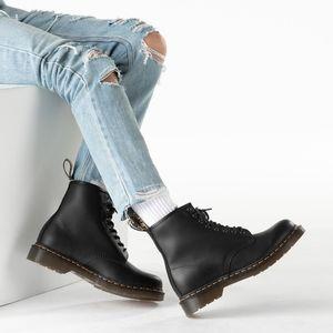 Dr. Martens 1460 Boots 🥾